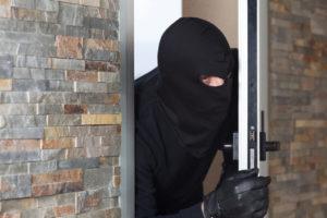 Einbrecher bei Tag